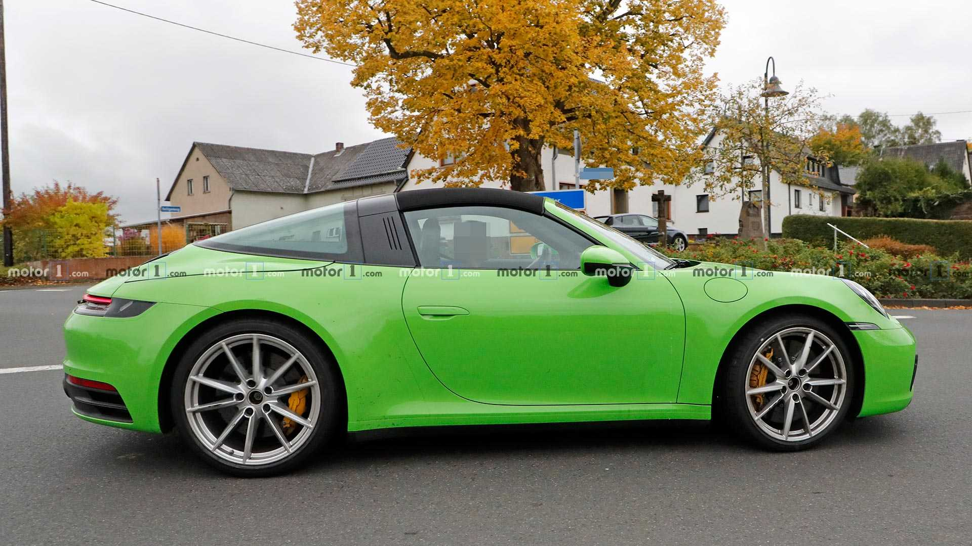 Porsche 911 Targa Spied On Gorgeous Fall Roads