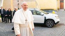 Dacia Duster als Papamobil: Der Heilige Vater hats nicht mit dem Pomp