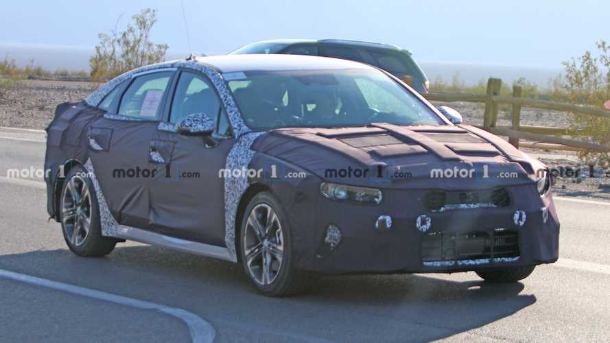 2021 Kia Optima spied for first time testing in Death Valley