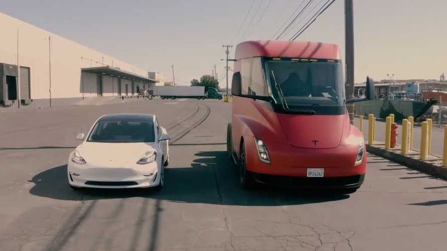 Tesla Semi Visits Yandell Truckaway: New Drone Video & Photos