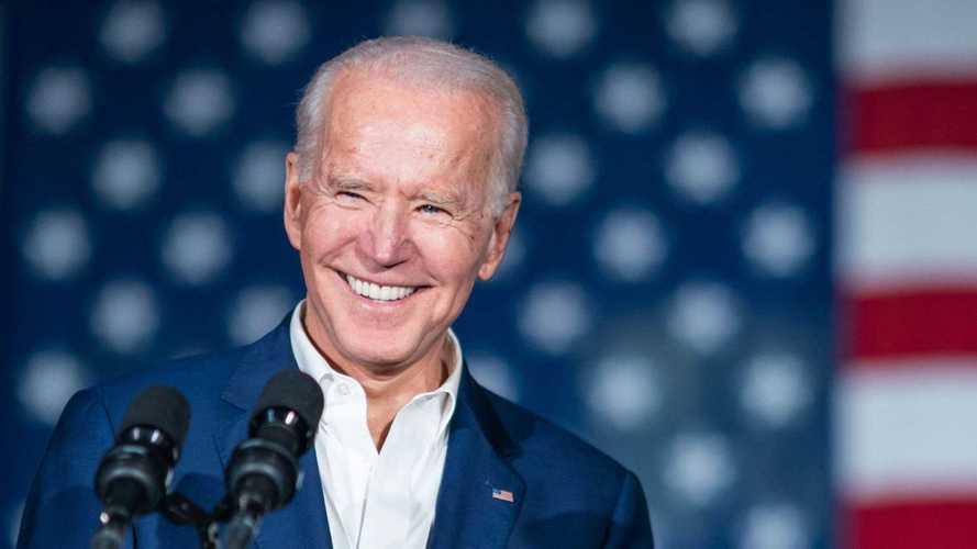 Biden quer substituir toda a frota do governo dos EUA por veículos elétricos