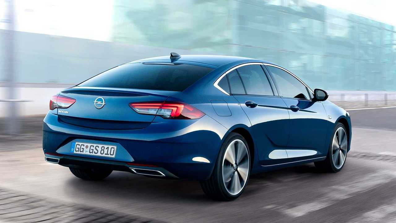 Opel Insignia GS Line Plus 2021: con 200 CV