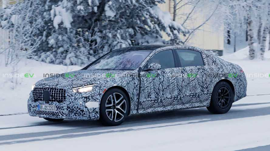 Mercedes-AMG S63e Plug-In Hybrid With 700 HP Snapped Testing In Sweden