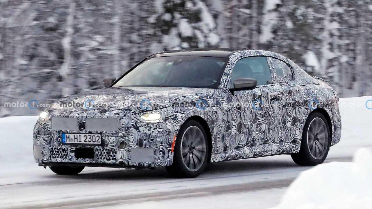 Nuova BMW Serie 2 Coupé, le foto spia in Svezia