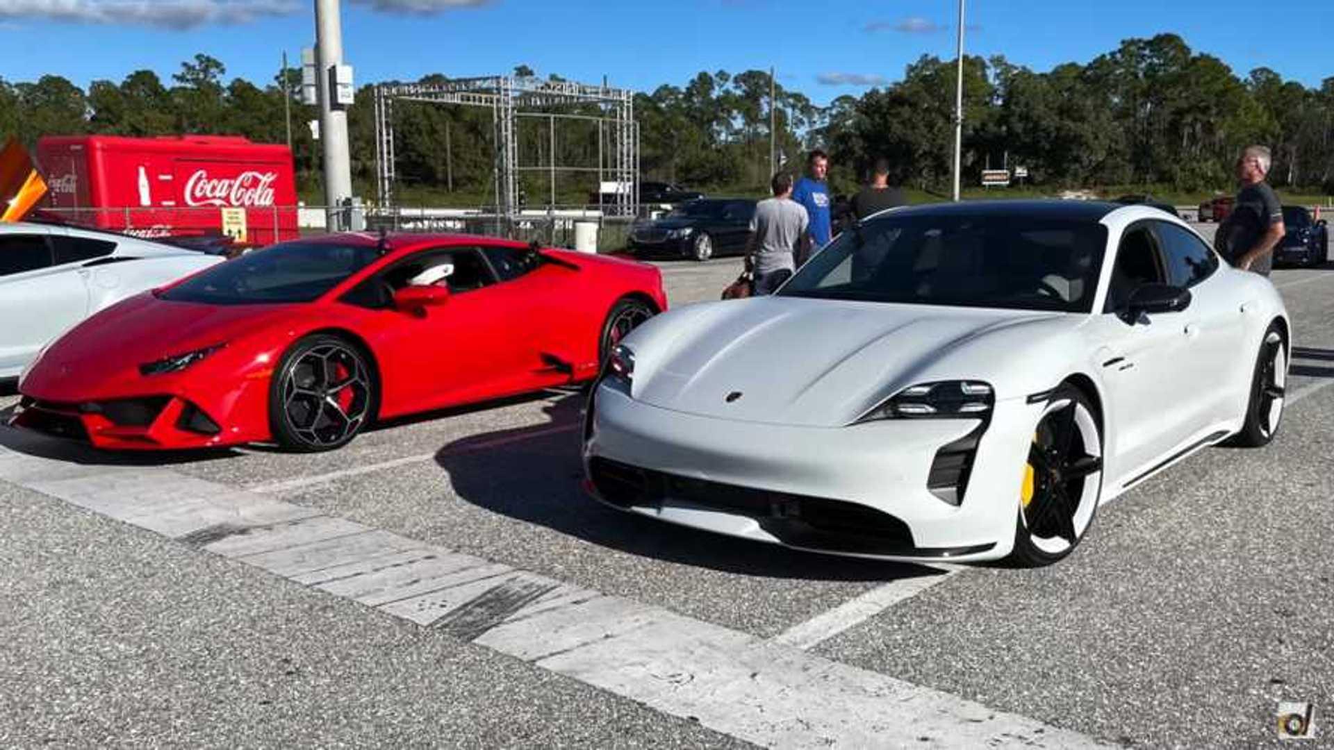 Porsche Taycan Turbo S против Lamborghini Huracan Evo в EV против ICE Drag Race