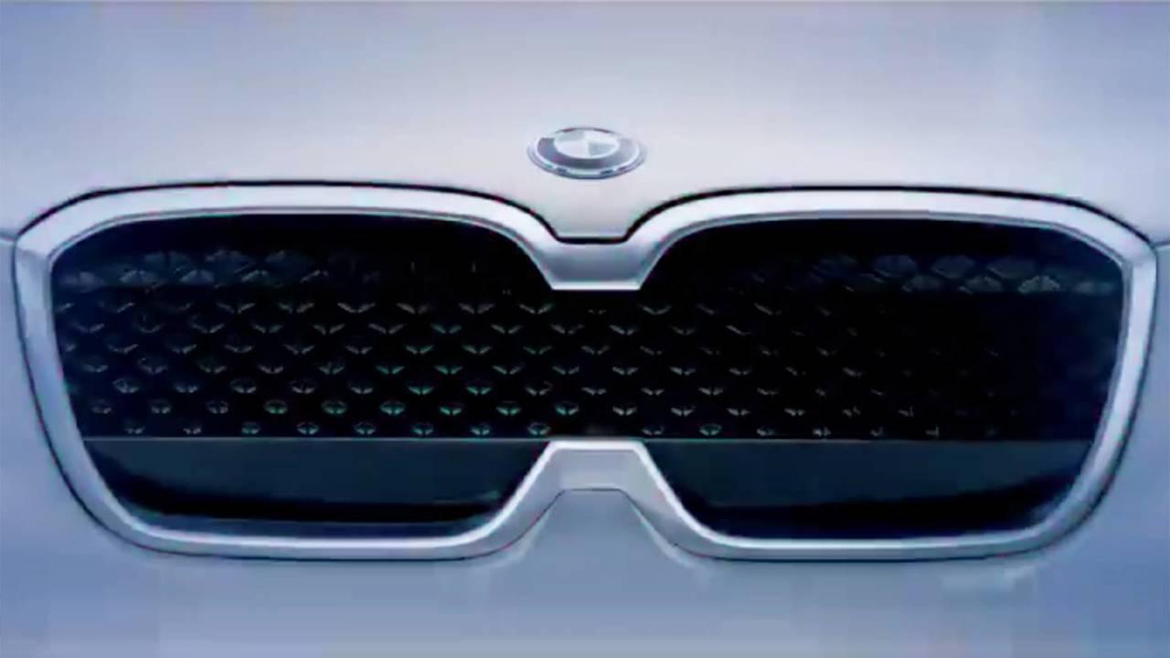BMW Concept iX3, il teaser