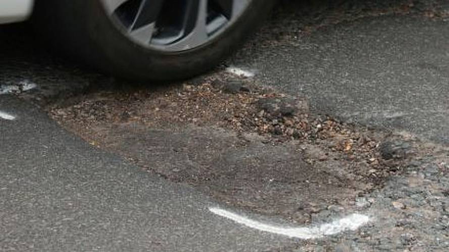 Pothole plague causes twice as many breakdowns as 12 years ago