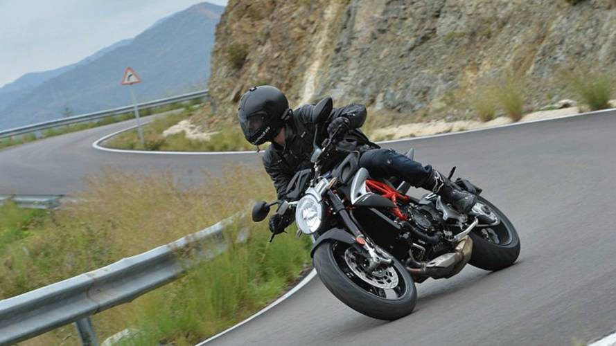 The 2016 MV Agusta Brutale 800 - An Unbelievable First Ride