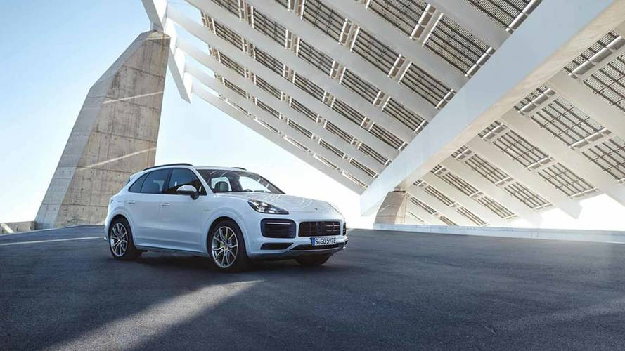 2019 Porsche Cayenne E-Hybrid Arrives With 455 HP Of PHEV Power