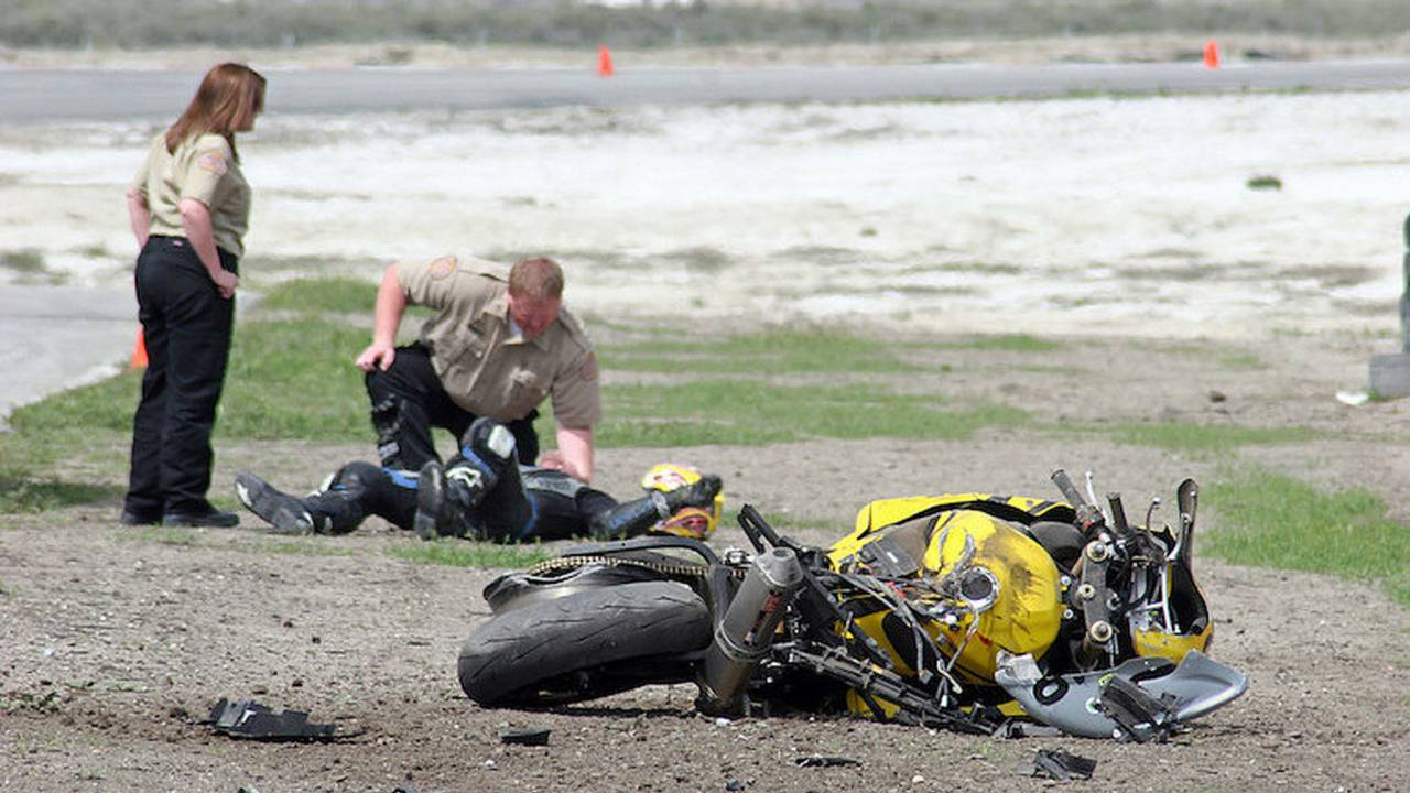 NHTSA: Road Fatalities Up in 2015
