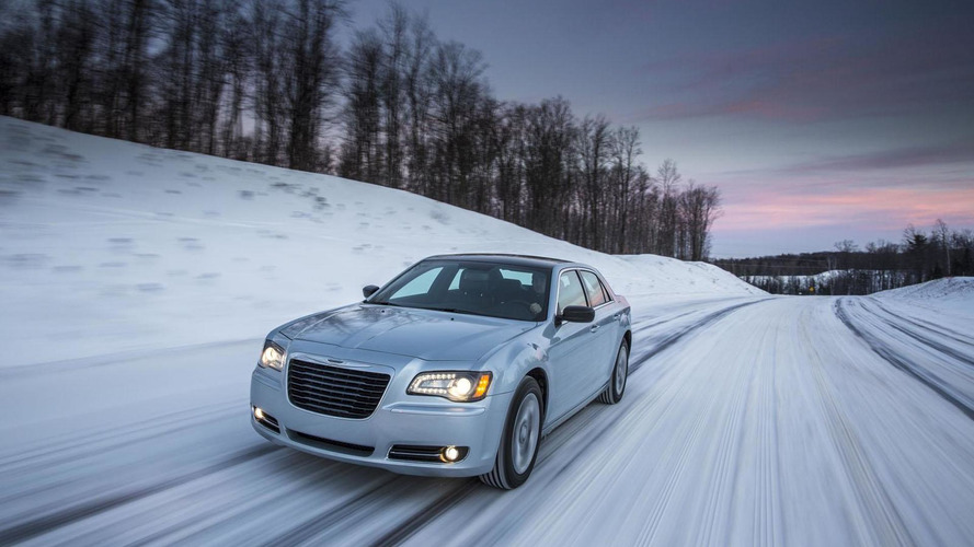 2013 Chrysler 300 Glacier Edition launched