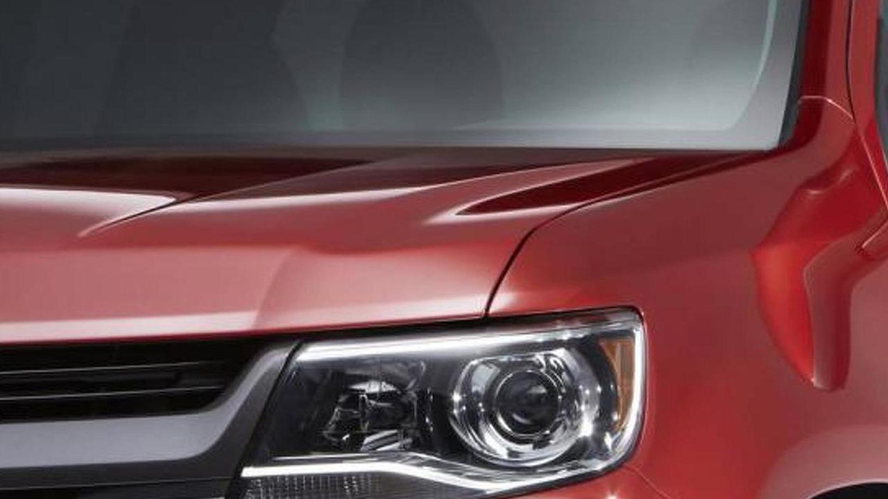 2015 Chevrolet Colorado teaser image 18.11.2013