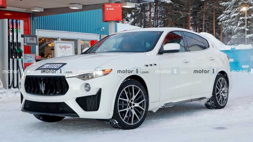 Maserati Levante Trofeo Spied With 4.0-Liter V8, Covered Interior