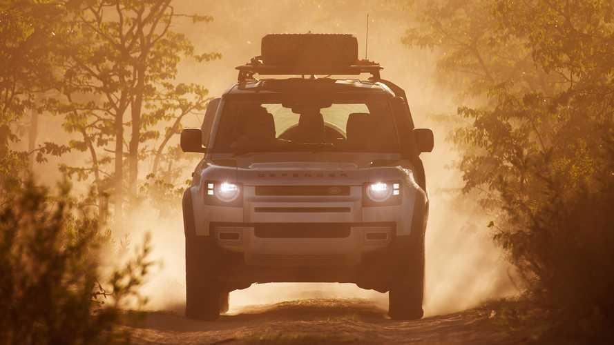 Land Rover Defender (2020) auf Testfahrt in Namibia