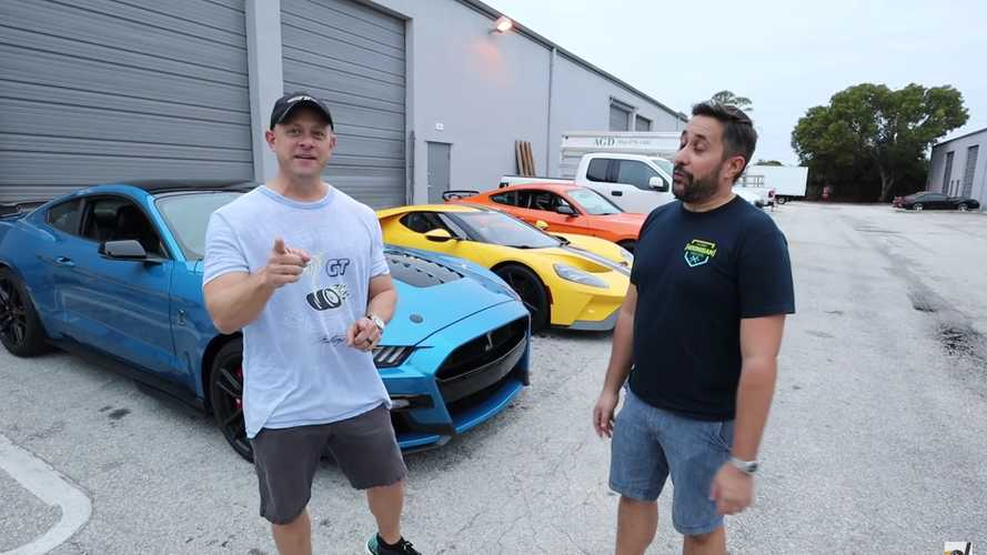 Ford Mustang Shelby GT500 Versus Ford GT Drag Race