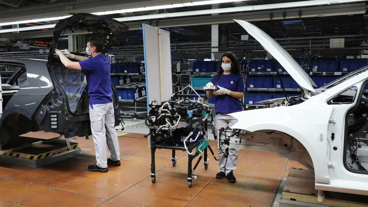 VW fährt Produktion wieder hoch