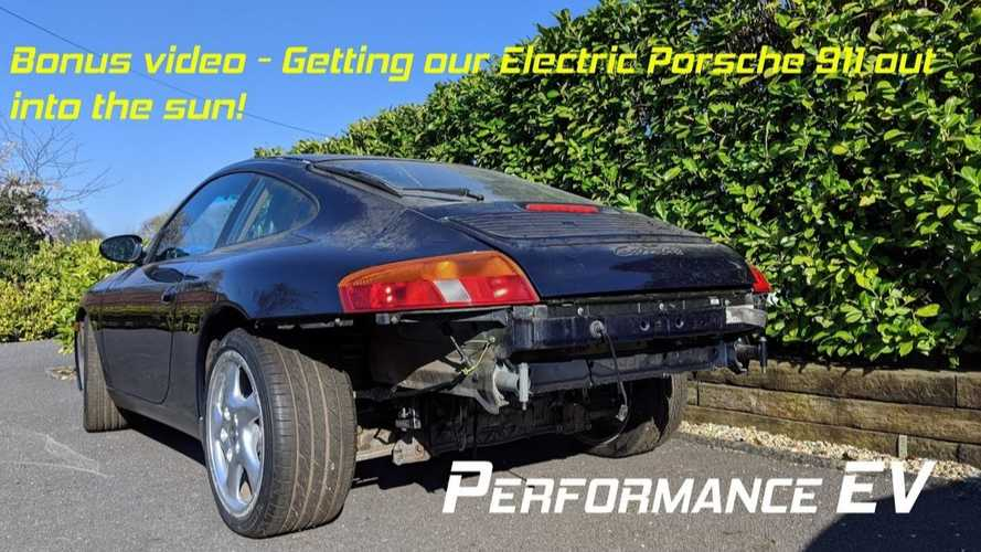 Check Out This Nissan LEAF-Powered Porsche 911 EV Conversion