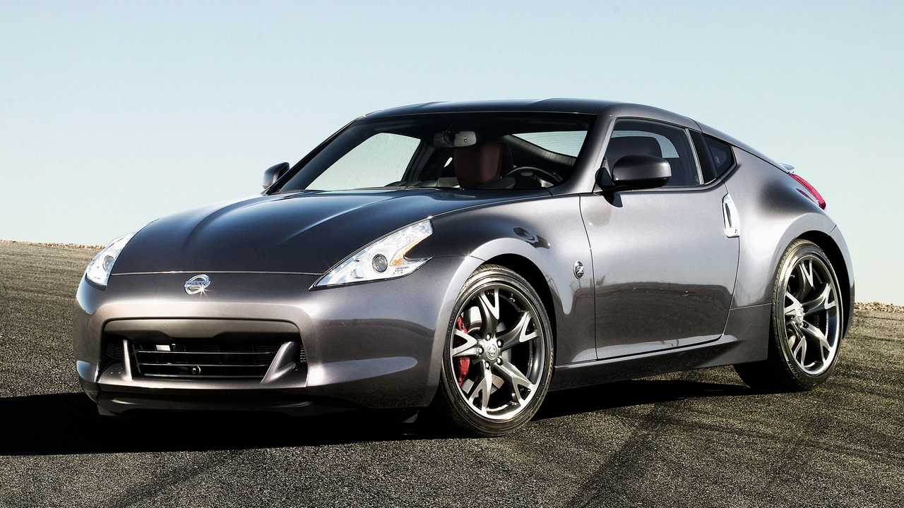 2010 Nissan 370Z Coupe: $10,180