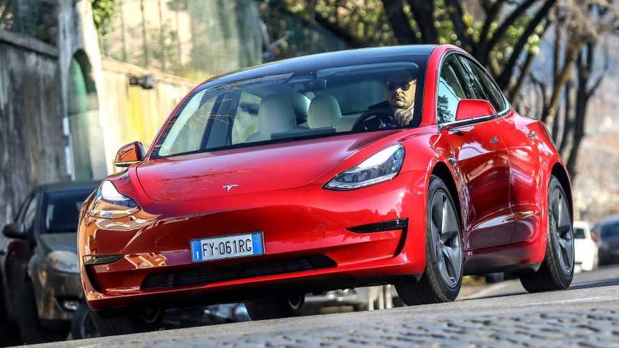 Tesla bate recorde e produz mais de 500.000 carros elétricos em 2020