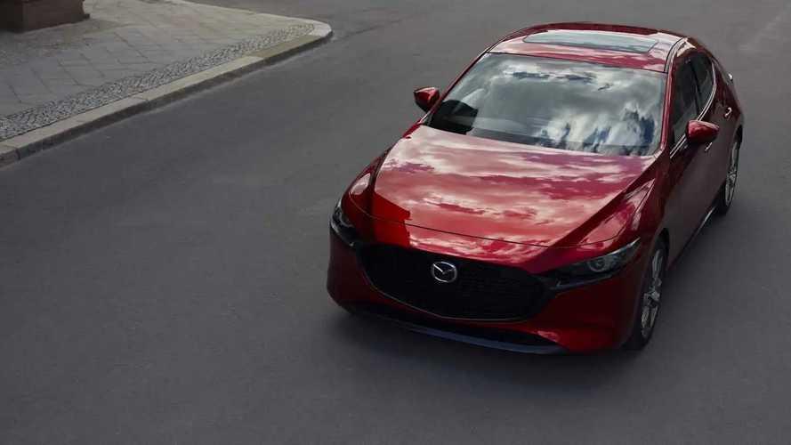 Nuova Mazda 3, le foto ufficiali