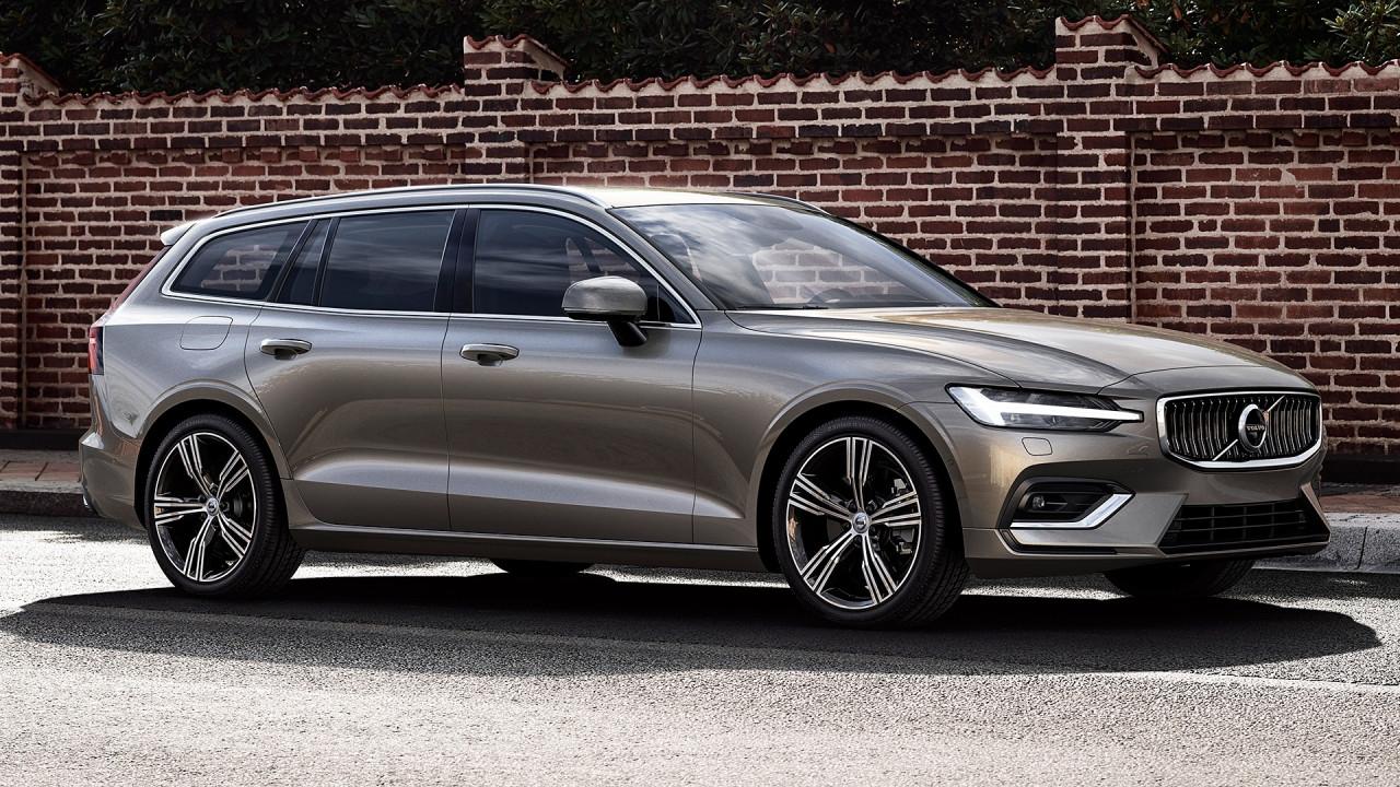 [Copertina] - Nuova Volvo V60, la familiare media pensa in grande