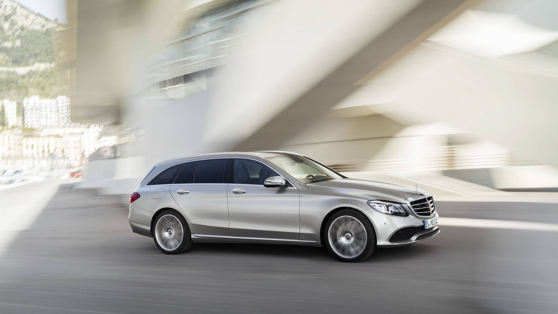 2019 Mercedes-Benz C-Class Refresh Gets HP Boost, Tech Upgrade