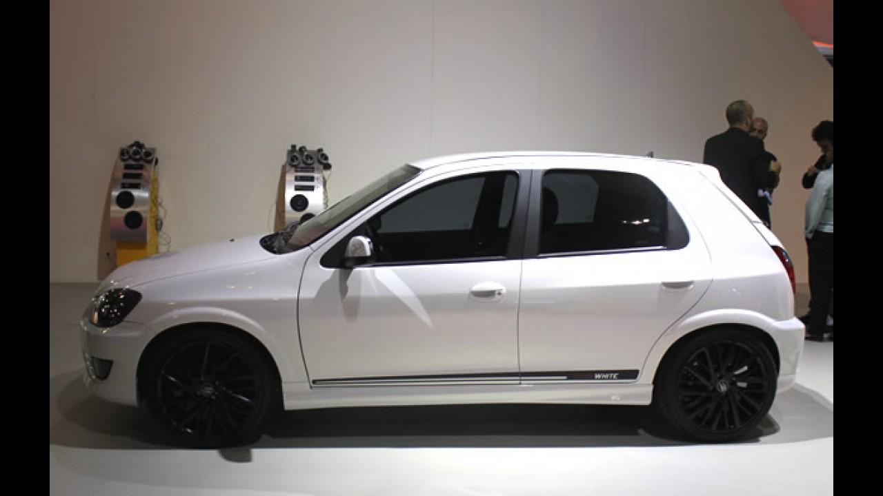 """Salão do Automóvel: Chevrolet também mostra o """"tunado"""" Celta White"""