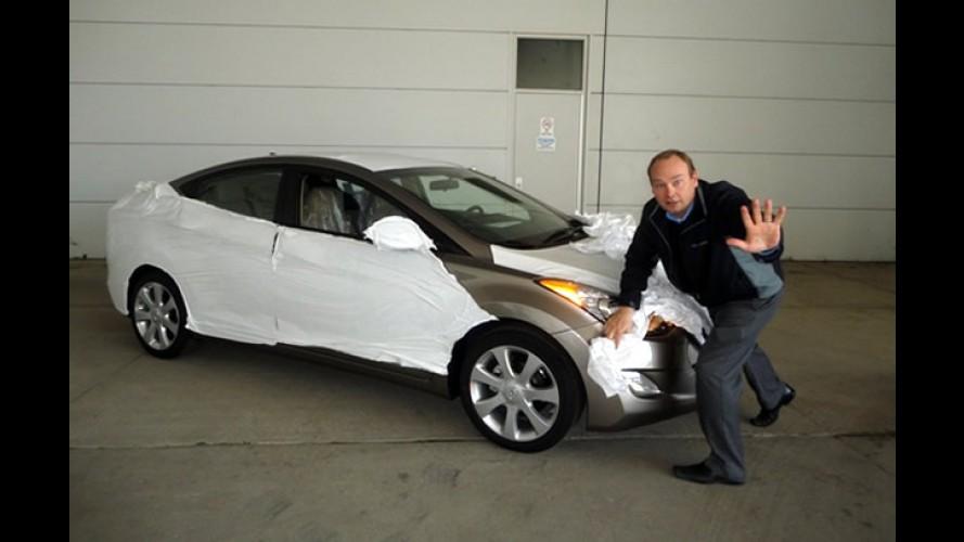 """EUA: Hyundai faz """"auto-flagra"""" do Novo Elantra"""