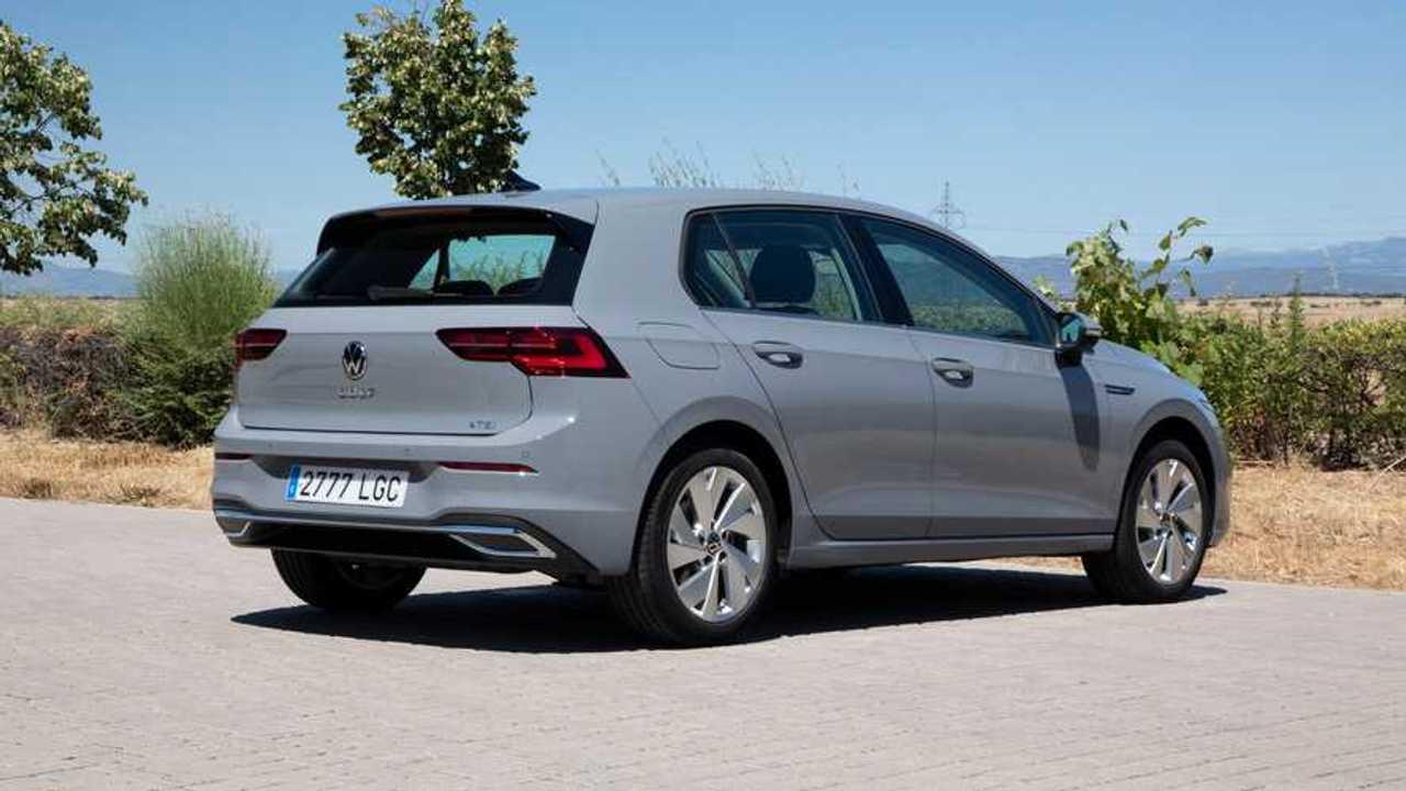 Volkswagen Golf y Passat, con nuevas generaciones