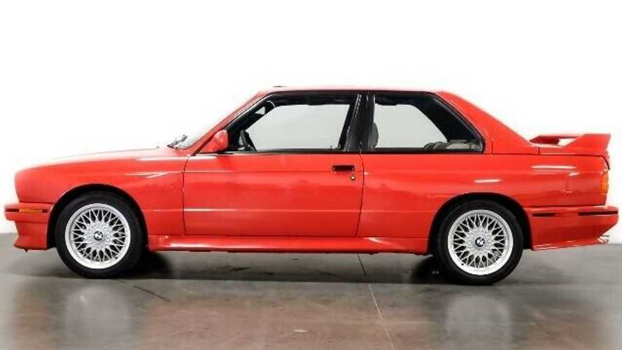 Este BMW M3 E30, que perteneció al actor Paul Walker, está en venta