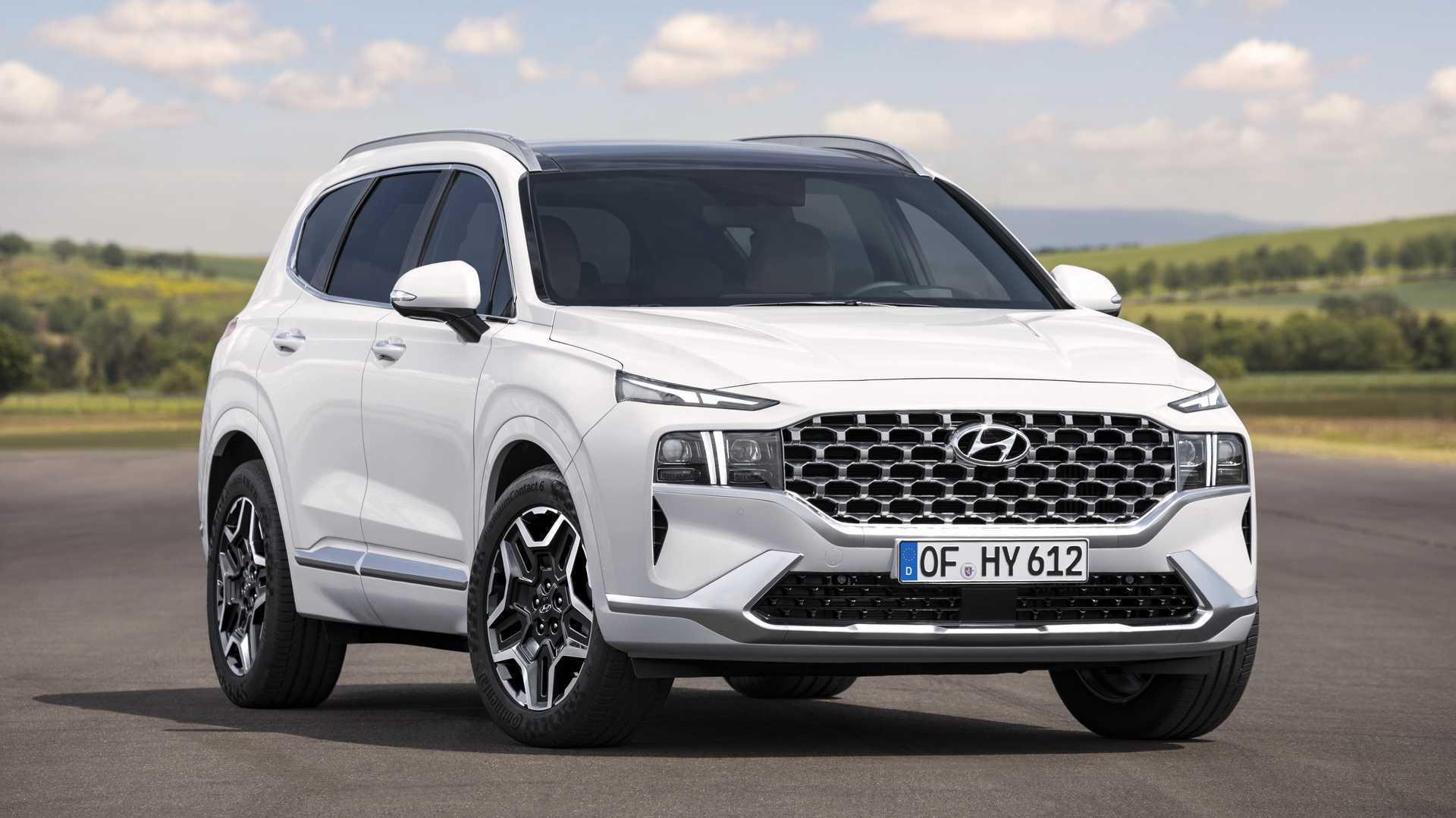 Here's The New Hyundai Santa Fe: PHEV Version Coming