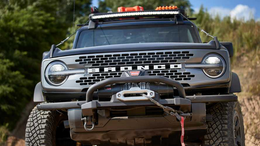 2021 Ford Bronco Winch Poses Problem For Forward-Facing Trail Camera