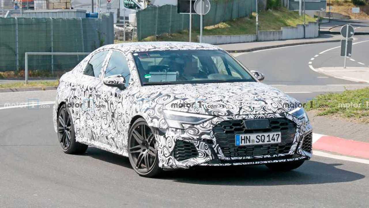 Audi RS3 Sedan Casus Fotoğraflar