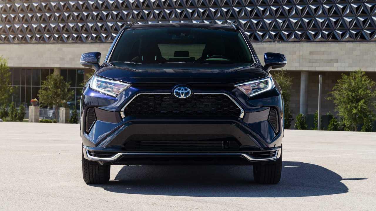 2020 Toyota RAV4 Prime: İlk Sürüş