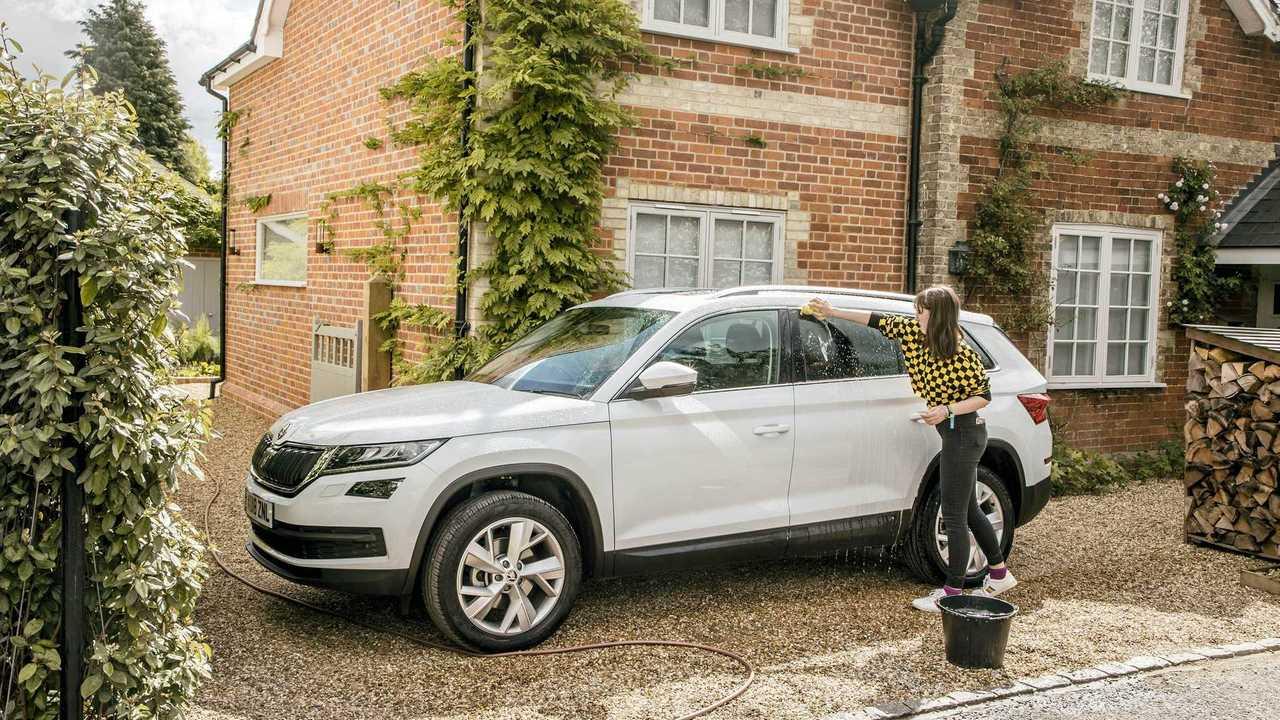 Skoda Kodiaq getting washed in UK driveway