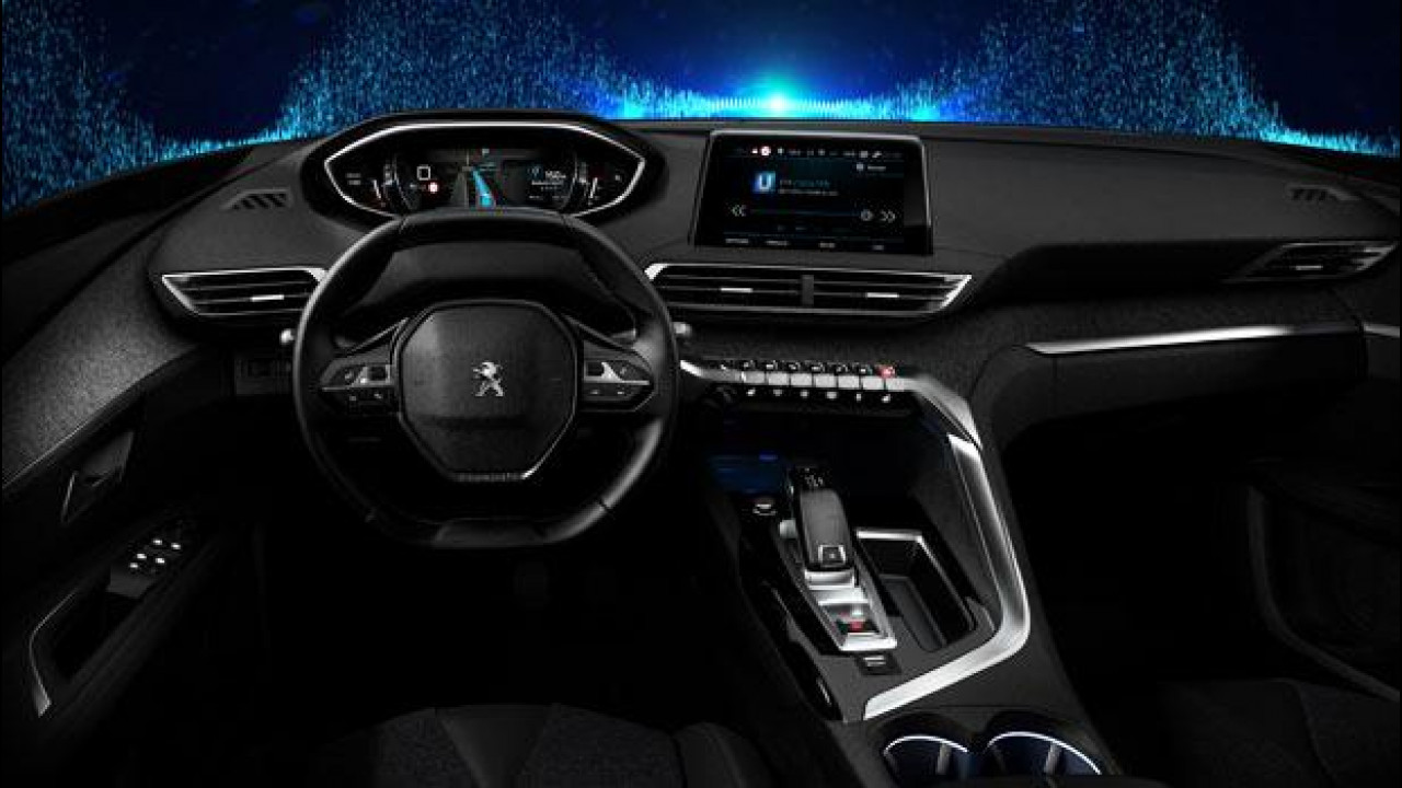 """[Copertina] - Nuovo Peugeot i-Cockpit, chi guida """"suona"""" la tastiera [VIDEO]"""