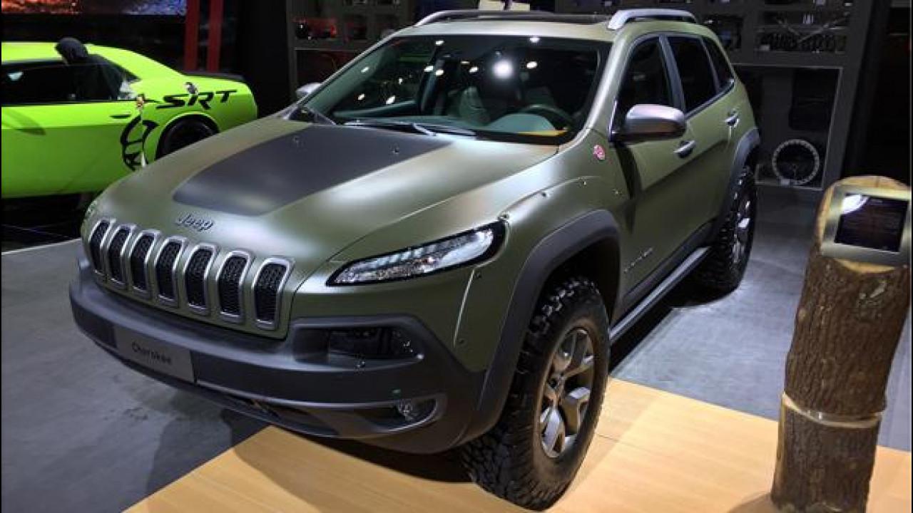 [Copertina] - Jeep, vesti speciali per le sue best-seller al Salone di Dubai