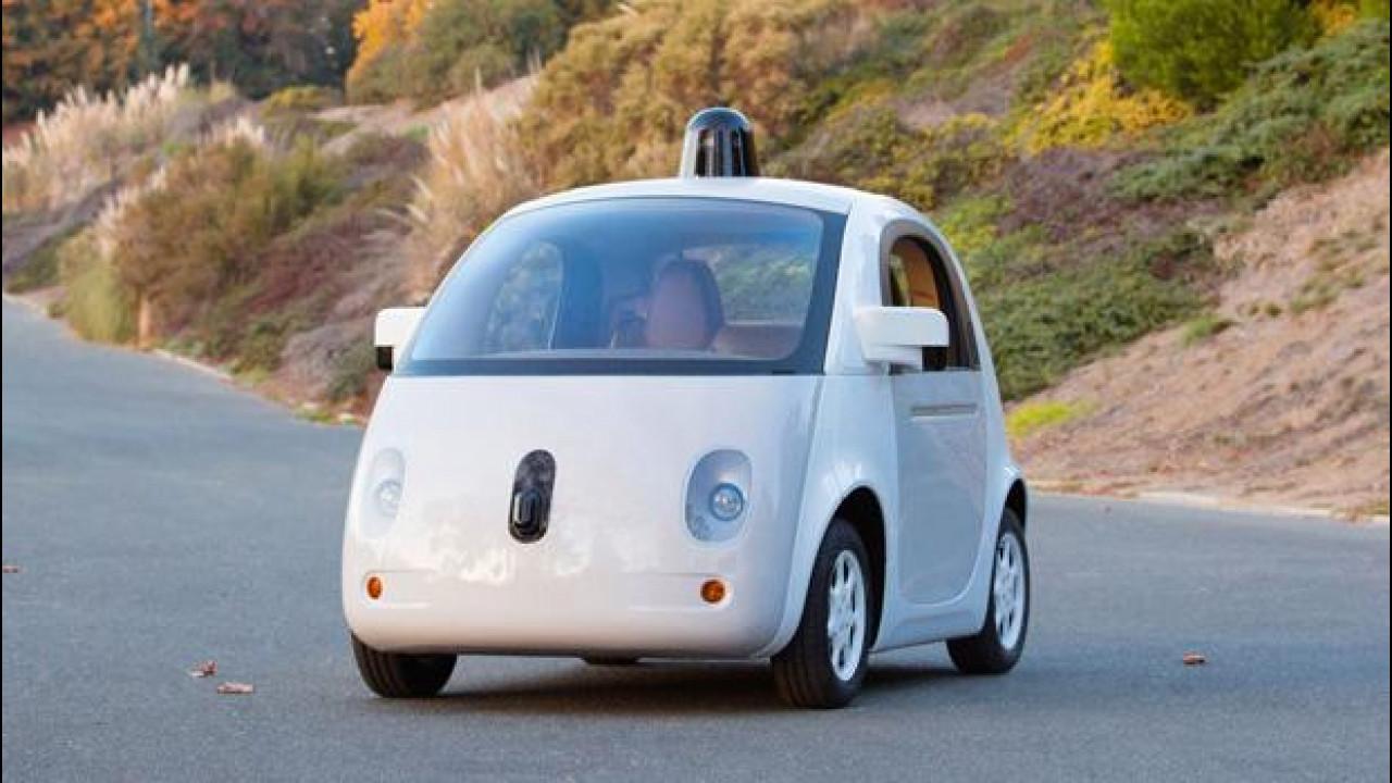 [Copertina] - Google Car, nessuna guerra alle Case automobilistiche