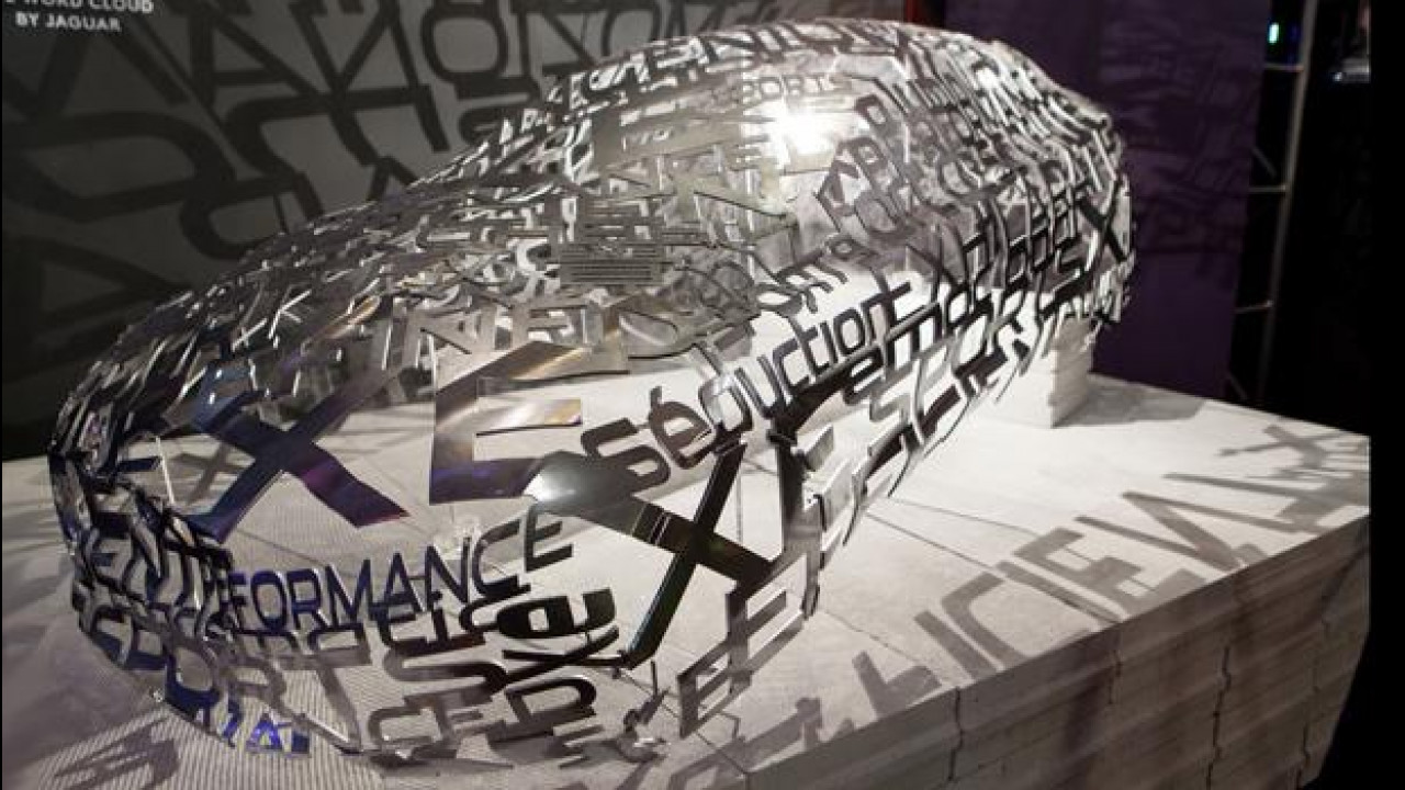 [Copertina] - Milano Design Week, Jaguar dà forma e colore all'alluminio