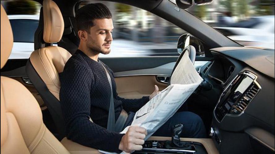 [Copertina] - Guida autonoma, una patente anche per le auto?