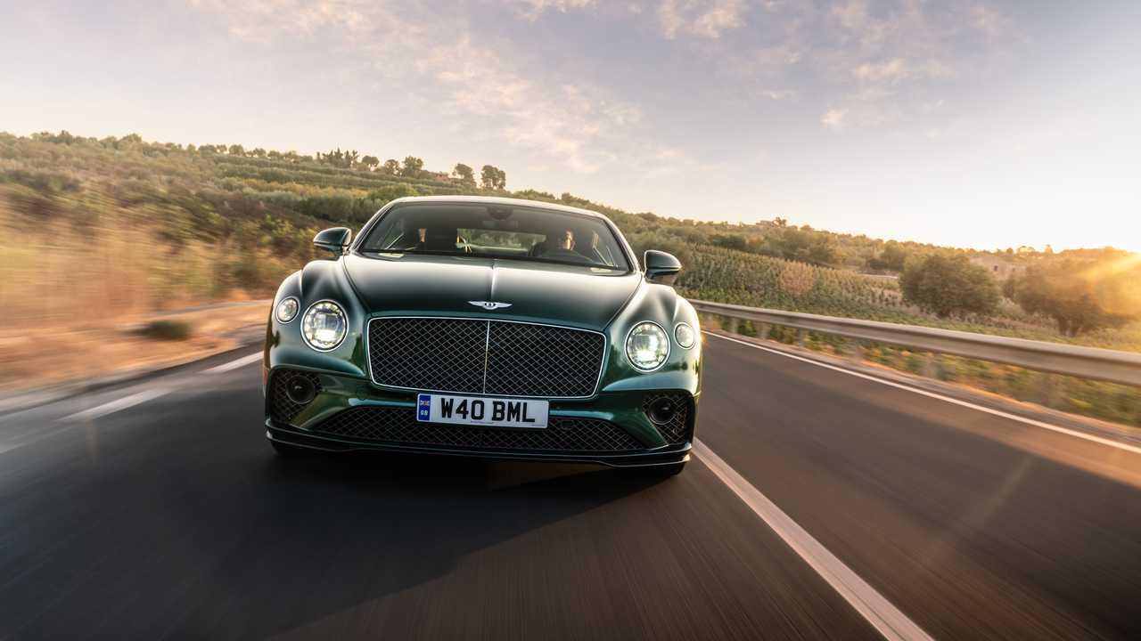 2022 Bentley Continental GT Скорость