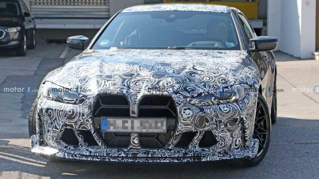 2022 BMW M4 CSL kém fotó