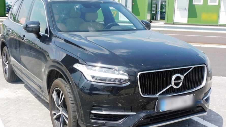 Interkontinentális mizéria: Belgiumban lopott svéd autót akart Romániába vinni egy török csempész
