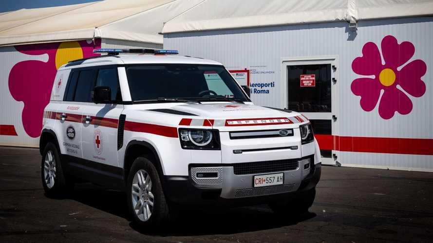 """Land Rover Defender, le speciali Hard Top """"per lavorare"""""""