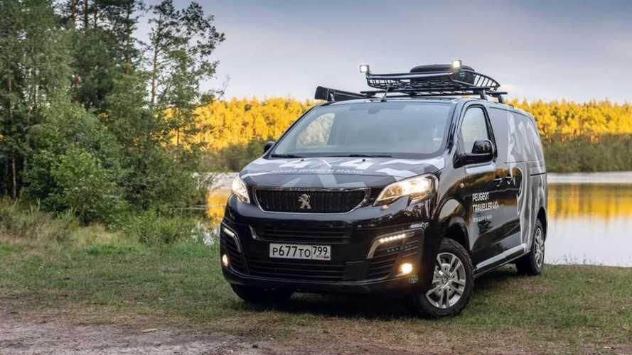 Peugeot показал Traveller для российских охотников и рыбаков
