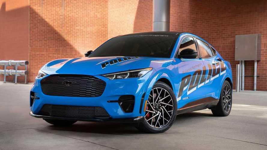 """La Ford Mustang Mach-E è sotto """"esame"""" per arruolarsi in polizia"""