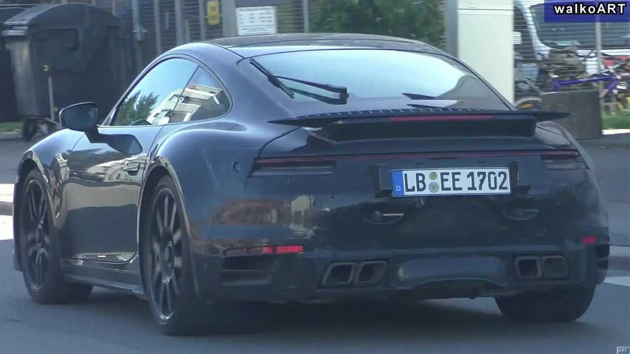 Porsche 911 Turbo Spy Video