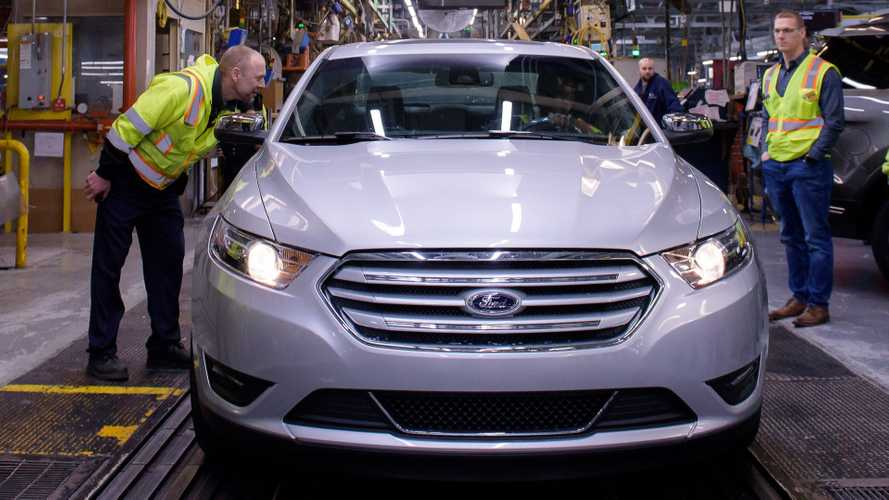 Ford Taurus, Chevrolet Cruze Officially End Production