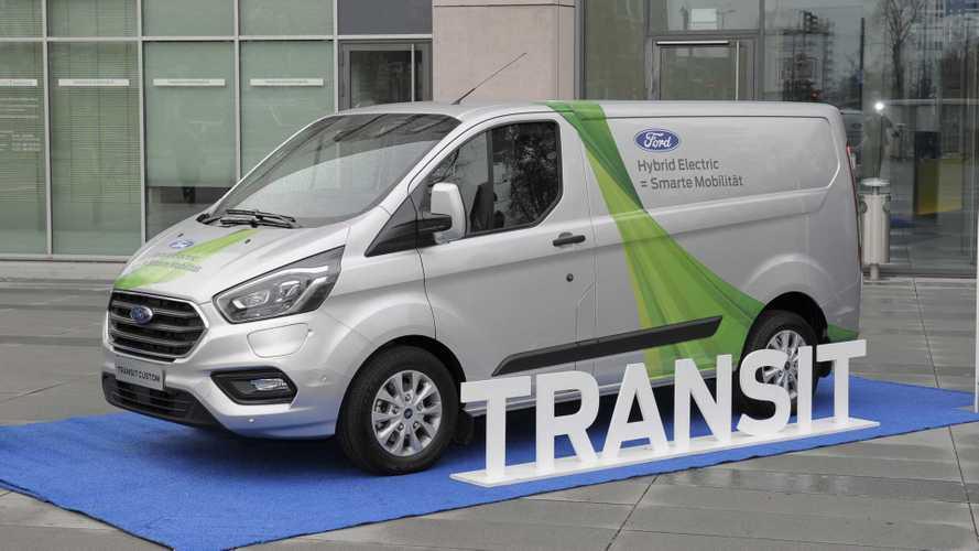 Ford Transit Custom Ibrido al lavoro a Colonia