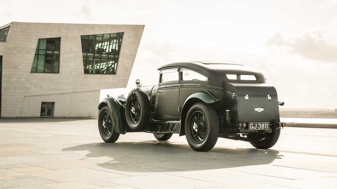 Bentley Speed Six Blue Train